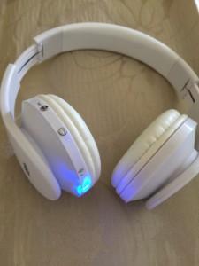 Direct Beat Systems Bluetooth wireless headphones