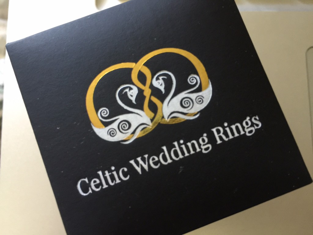 celtic wedding rings- the knot ring