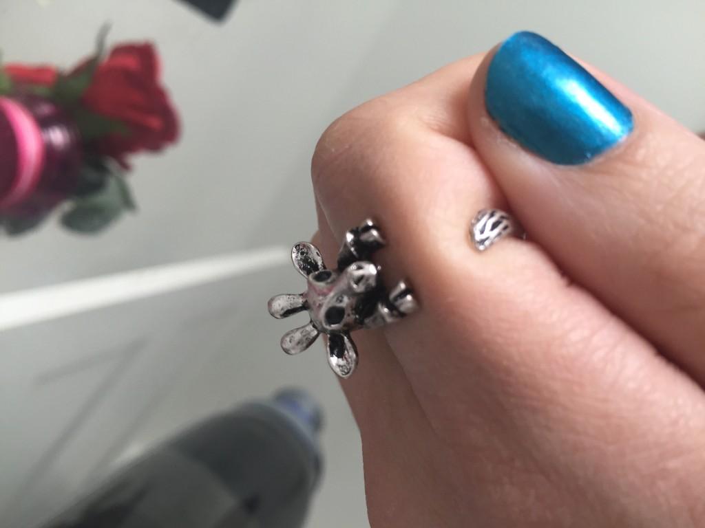 cute adjustable wrap giraffe ring