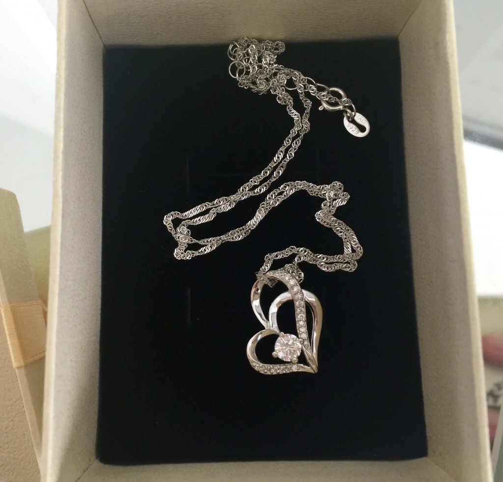 sterling silver interlocking heart necklace