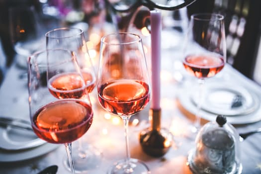 Healthiest Ways to Imbibe this Holiday Season