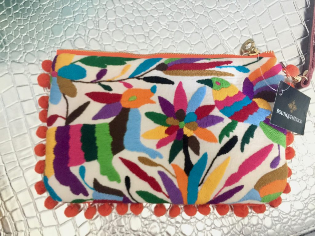boutique mexico clutch