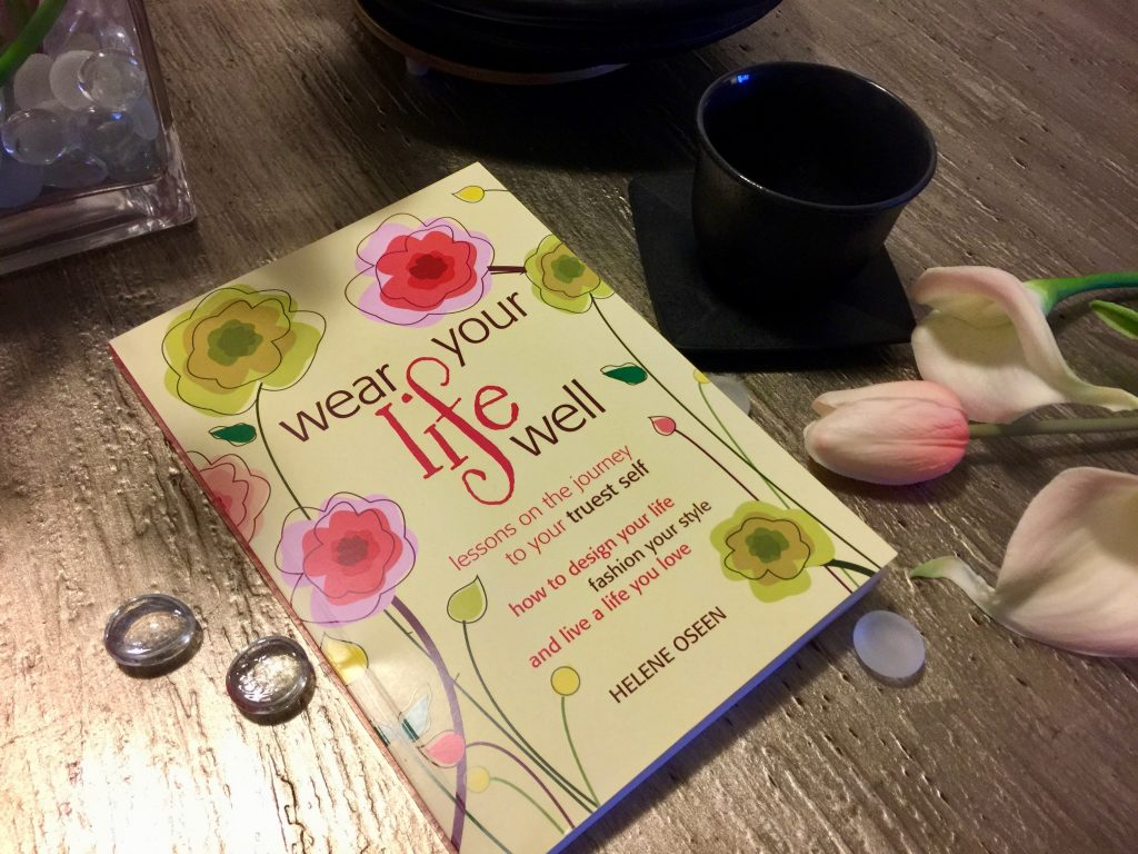 wear your life well a book review by Helene Oseen 2