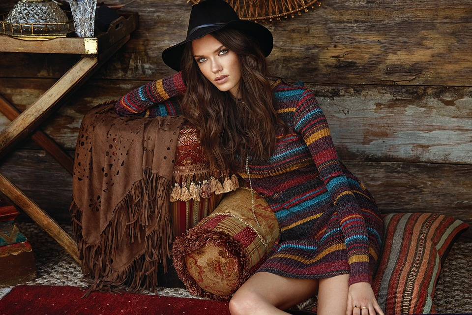 Autumn Aesthetics - A Glamorous Guide to Matching Your Style With the Seasons