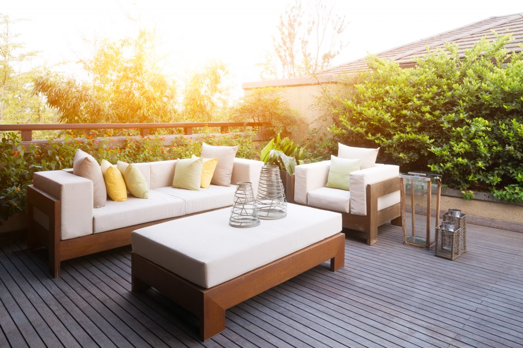 What Are the Benefits of Decking for your Garden?