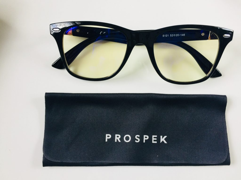 How Blue Light Emissions from Your Computer Screen is Messing with your Eyes and How to Fix it: A Prospek Eyewear Review