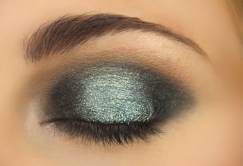 Midnight Glitz Eye Makeup Tutorial