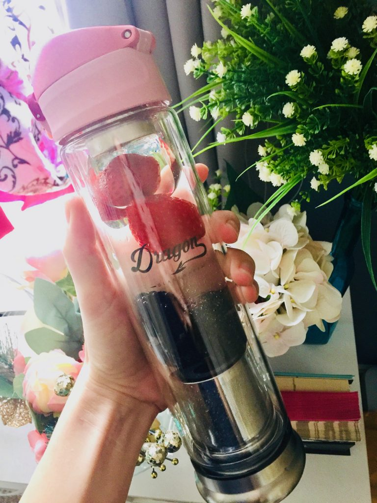 How to Motivate Yourself to Drink More Water: Dragon Glassware Glass Infuser Bottle