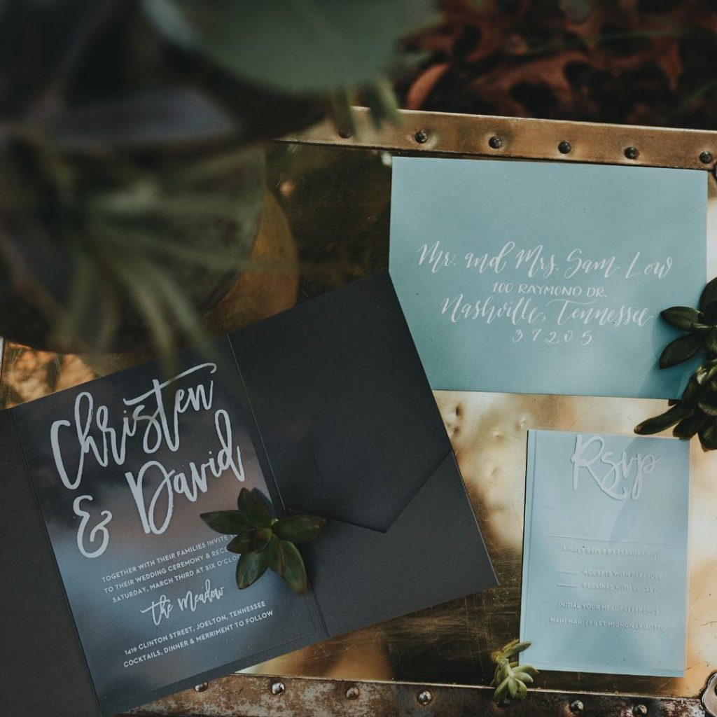 3 Things To Consider When Designing Themed Wedding Invitations: Woodland Style