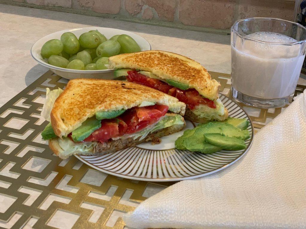 Yummy Easy Vegan/Vegetarian Melt Sandwich
