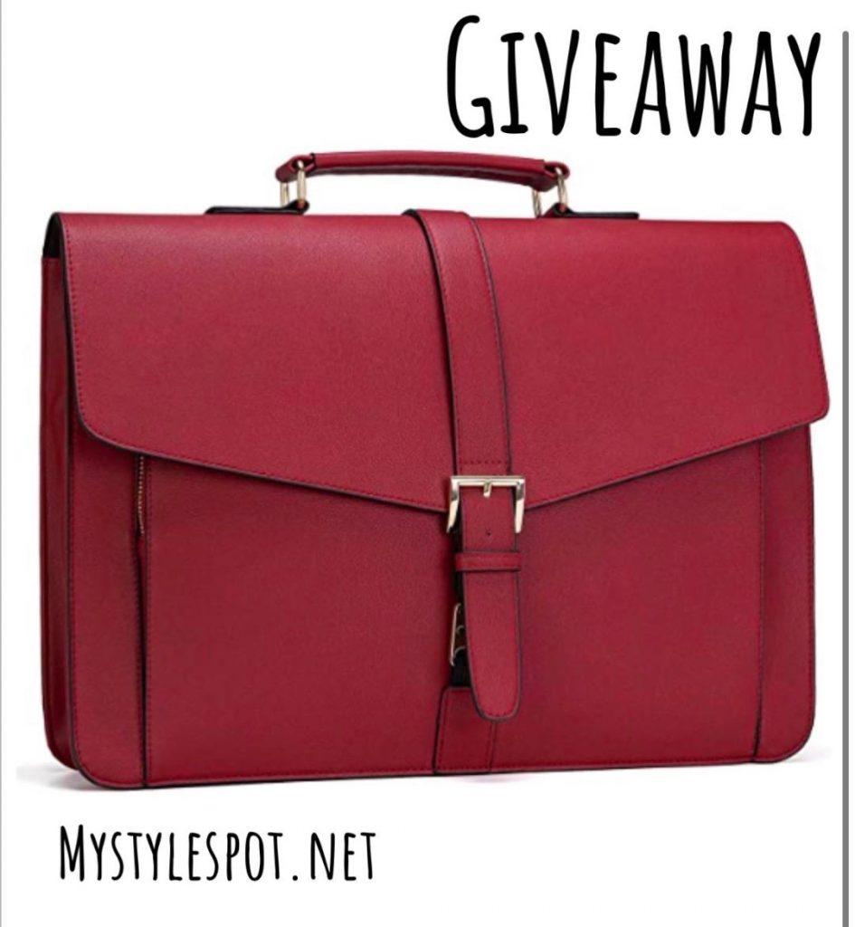 GIVEAWAY: Win a Chic Laptop Handbag